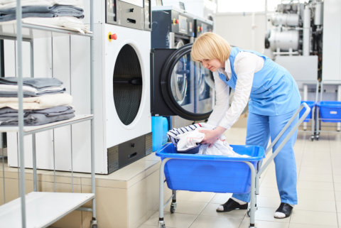 4 Tips to Save on Your Dry Cleaning Costs